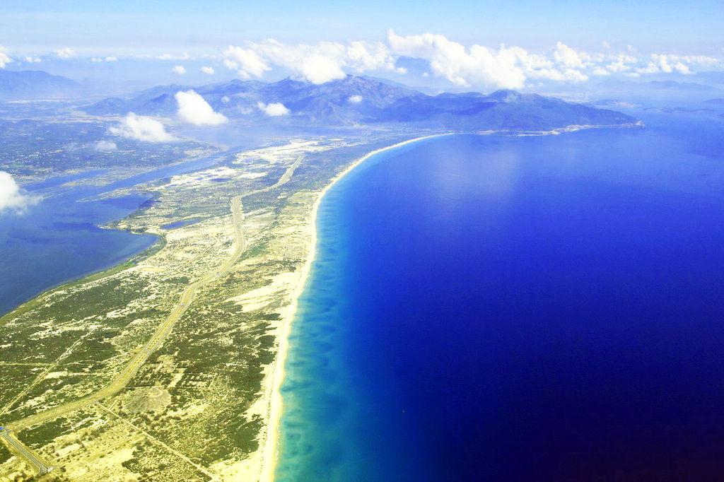 bãi biển dự án kn paradise cam ranh