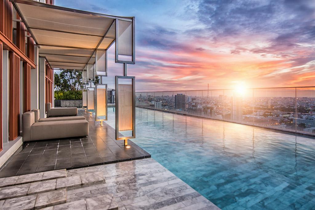 bể bơi vô cực hà nội golden city