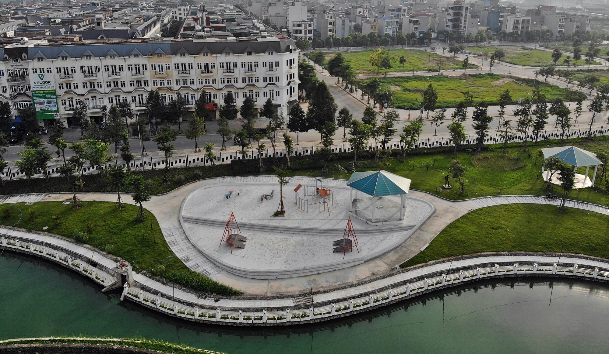 hình ảnh thực tế dự án sol lake villa