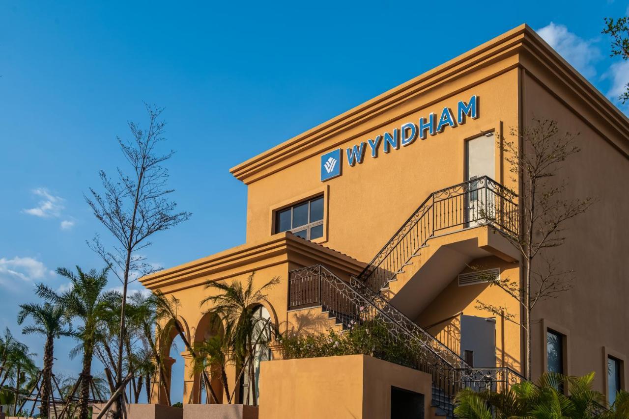 wyndham sky lake resort & villas chương mỹ hà nội